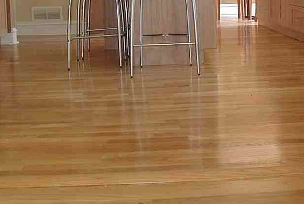 Laminate flooring pros and cons latest pros and cons of for Laminate kitchen flooring pros and cons
