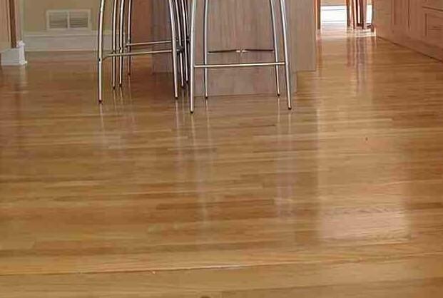 Laminate flooring kitchen gurus floor for Cheap durable flooring ideas