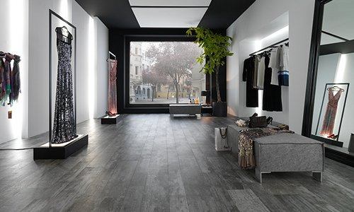 Marca Corona This Italian Tile Brand Is Distributed Worldwide And Has An Extensive Wood Look Range Divided Into Five Collections Clwood
