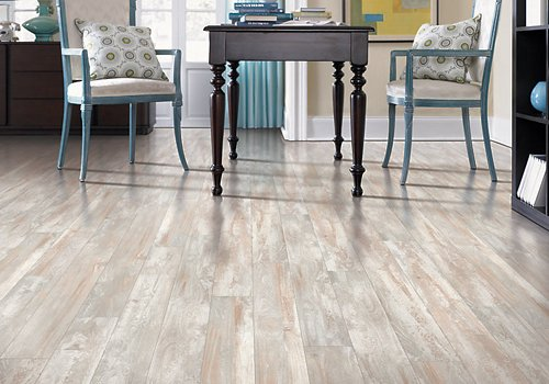 best laminate flooring pros cons reviews and tips - Best Laminate Wood Floors
