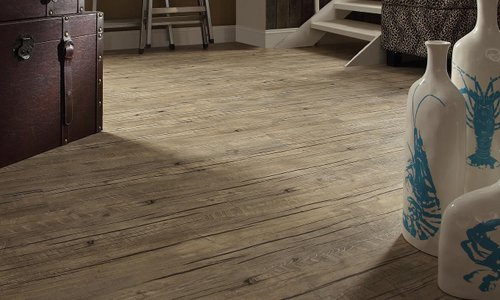 loose lay vinyl plank flooring - pros & cons and reviews
