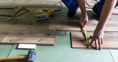 How to Cut Vinyl Plank Flooring