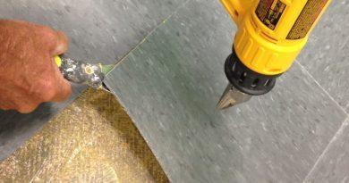 How to Remove Vinyl Flooring – 2020 DIY Guide